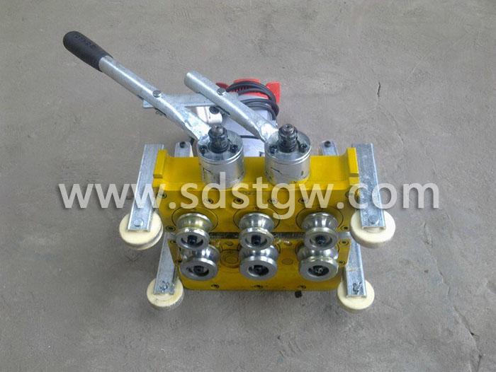 直立锁边铝镁锰板电动锁边机底面430420400