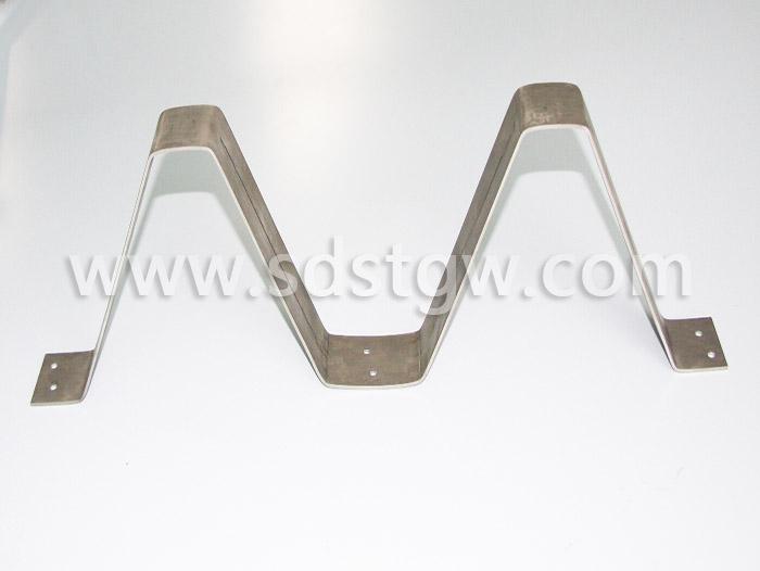YX130-300-600金属屋面板支架