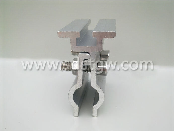 直立锁边铝镁锰板带槽夹具