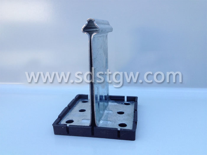 H80镀锌铝镁锰板支座