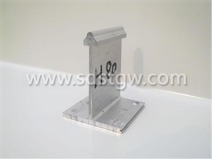 H80铝镁锰板支座