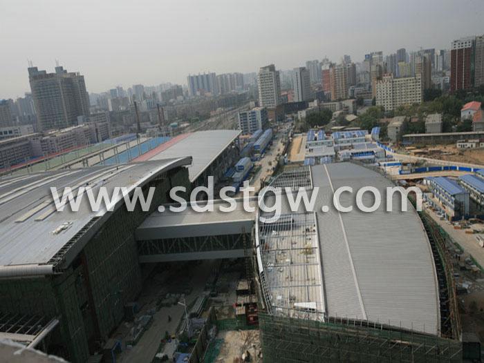 沈阳北站铝镁锰板屋面